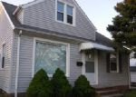 Foreclosed Home in Cleveland 44125 SHADY OAK BLVD - Property ID: 3984281579