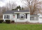 Foreclosed Home in Fulton 13069 CO ROUTE 57 - Property ID: 3985200450