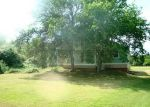 Foreclosed Home in Bastrop 78602 E RIVERSIDE DR - Property ID: 3985331403
