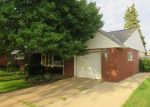 Foreclosed Home in Kenosha 53143 20TH AVE - Property ID: 3985670843