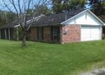 Foreclosed Home in Crosby 77532 GATEWOOD RD - Property ID: 3985770245