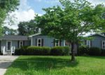 Foreclosed Home in Wilmington 28405 DEWBERRY RD - Property ID: 3986192459