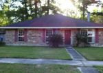 Foreclosed Home in Baton Rouge 70816 HOYT DR - Property ID: 3986979498