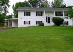 Foreclosed Home in Mount Vernon 62864 APRICOT AVE - Property ID: 3987204624