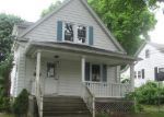 Foreclosed Home in Waterbury 06704 TUDOR ST - Property ID: 3987516905