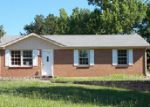 Foreclosed Home in Clarksville 37040 KINGSBURY RD - Property ID: 3987688133