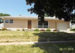 Foreclosed Home in Waterloo 50701 DEVONSHIRE DR - Property ID: 3988052536