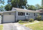 Foreclosed Home in Stratford 06615 TAFT ST - Property ID: 3988434897