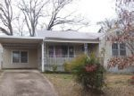 Foreclosed Home in Rossville 30741 N LAKE TER - Property ID: 3988441908
