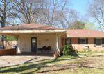 Foreclosed Home in Shreveport 71105 LARK AVE - Property ID: 3988514601