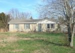 Foreclosed Home in Burns 37029 REBECCA DR - Property ID: 3989055951