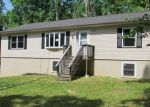Foreclosed Home in East Stroudsburg 18302 VENUE RD W - Property ID: 3989263539