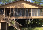 Foreclosed Home in Navarre 32566 SANTA CLARA DR - Property ID: 3990420216
