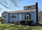 Foreclosed Home in North Branford 06471 TWIN LAKES RD - Property ID: 3990837166