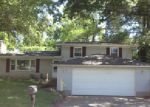 Foreclosed Home in Belleville 62220 AARON DR - Property ID: 3991062734