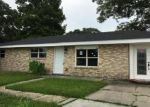 Foreclosed Home in Chalmette 70043 ROSETTA DR - Property ID: 3991311951
