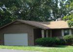 Foreclosed Home in Bella Vista 72715 CHURCHILL DR - Property ID: 3992069640