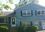 Foreclosed Home in Wallingford 6492 POND HILL RD - Property ID: 3992102932
