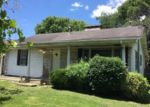 Foreclosed Home in Middlesboro 40965 WINCHESTER AVE - Property ID: 3992239572