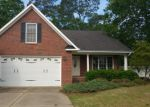 Foreclosed Home in Fayetteville 28314 DEANSCROFT PL - Property ID: 3992462947