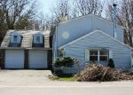 Foreclosed Home in Rochester 14612 ISLAND COTTAGE RD - Property ID: 3992662653