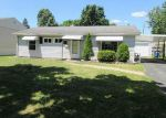 Foreclosed Home in Toledo 43613 S GLASTONBERRY RD - Property ID: 3992785728