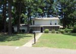 Foreclosed Home in Texarkana 75503 BEL AIR DR - Property ID: 3993132146