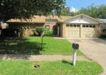 Foreclosed Home in Arlington 76014 SALEM DR - Property ID: 3993157566