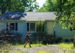 Foreclosed Home in Bushkill 18324 MOURNING DOVE CT - Property ID: 3994279656