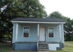 Foreclosed Home in Gastonia 28052 W POPLAR ST - Property ID: 3994589742