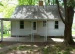 Foreclosed Home in Dayton 45429 HEATHERDALE DR - Property ID: 3994648422