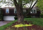 Foreclosed Home in Temperance 48182 CENTENNIAL DR - Property ID: 3994993996