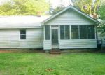 Foreclosed Home in Newport News 23606 BLOUNT POINT RD - Property ID: 3995000107