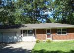 Foreclosed Home in Mascoutah 62258 N 2ND ST - Property ID: 3995458233