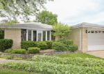 Foreclosed Home in Des Plaines 60018 PRATT AVE - Property ID: 3995490654