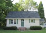 Foreclosed Home in Salem 44460 W PINE LAKE RD - Property ID: 3995969798