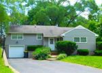 Foreclosed Home in Dundee 60118 LINDEN AVE - Property ID: 3996415202