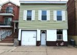 Foreclosed Home in Newark 7107 N 10TH ST - Property ID: 3997610439