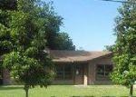 Foreclosed Home in Bastrop 78602 W KEANAHALULULU LN - Property ID: 3998043601