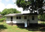 Foreclosed Home in Laurens 29360 PRICE ST - Property ID: 3998194707