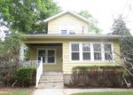 Foreclosed Home in Elgin 60120 BLUFF CITY BLVD - Property ID: 3998398353