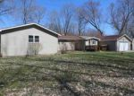 Foreclosed Home in Lincoln 62656 S LAKE RD - Property ID: 3998399675
