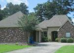 Foreclosed Home in Denham Springs 70726 WILLOW POINT DR - Property ID: 3998506990