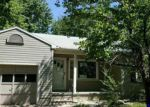 Foreclosed Home in Hutchinson 67502 FARMINGTON RD - Property ID: 3998921743