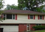 Foreclosed Home in Topeka 66614 SW TWILIGHT DR - Property ID: 3998922614