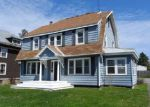 Foreclosed Home in Canastota 13032 S PETERBORO ST - Property ID: 3999500296
