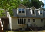 Foreclosed Home in Raymond 03077 OLD FREMONT RD - Property ID: 3999849812