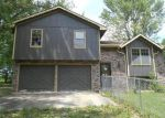 Foreclosed Home in Excelsior Springs 64024 LAKESIDE DR - Property ID: 3999904997