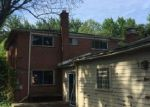 Foreclosed Home in Southfield 48076 FONTANA DR - Property ID: 4000013610