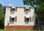 Foreclosed Home in Hyattsville 20784 70TH AVE - Property ID: 4000089371
